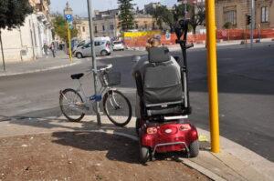 Sportello dei Diritti: Via Leuca inaccessibile ai disabili in carrozzina