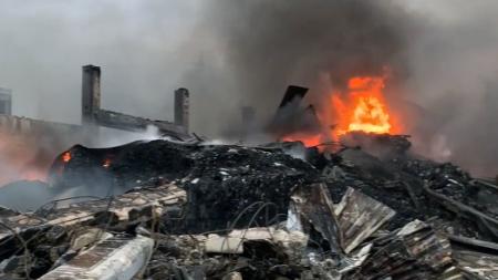 """Incendio """"Dalena Ecologia"""": si monitorano i 3 chilometri attorno all'azienda"""